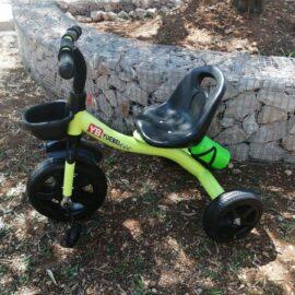Tricikl dječji zeleni sa košarom i bocom