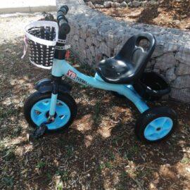 Tricikl dječji plavi sa košarom